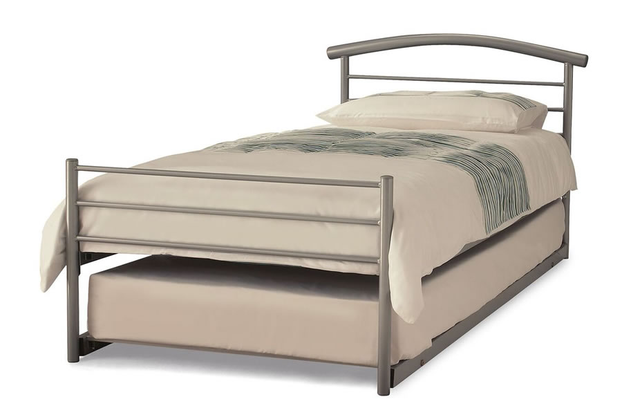 the best attitude ef346 a7332 Small Single Silver Metal Guest/Trundle Bed Frame - Brennington