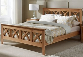 Maiden Oak Bedframe