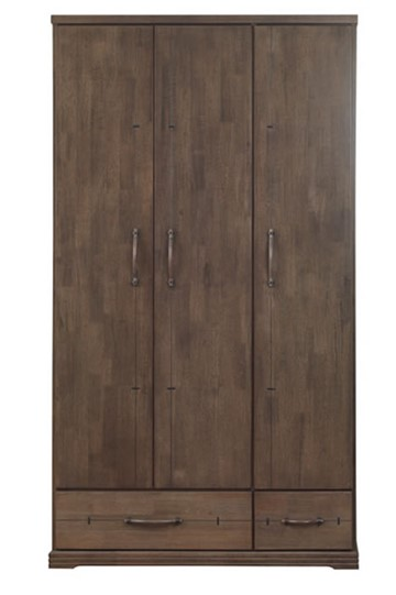Churchill Three Door Robe