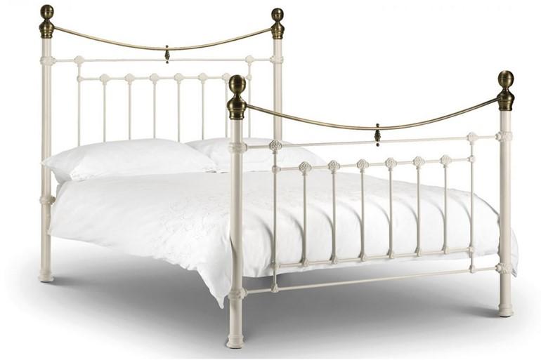 Victoria Bed